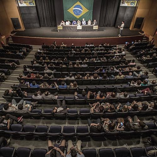 14.10.17_Paulo Arantes_O apagão da era tucana