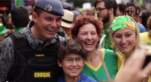 15 03 17 Mauro Iasi Selfie Choque