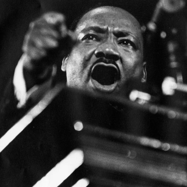 Em homenagem ao pastor e ativista do movimento negro Martin Luther King,  Jr., um dos mais importantes líderes do movimento pelos direitos civis nos  Estados ... b562372298